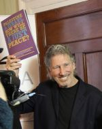 Roger Waters, guest of Sadaka in Dublin launches the Sadaka Education Pack
